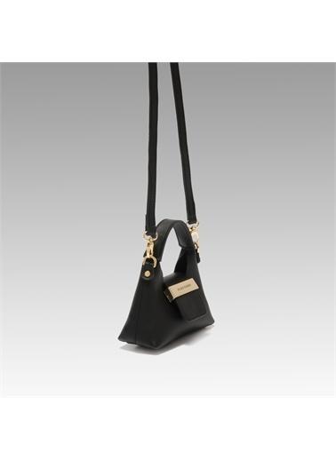 Black Ribbon Aksesuar Detaylı Askılı Micro Çanta Siyah